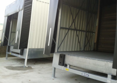Foto 1 - Dockequipment