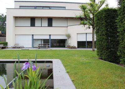 building-shuttersystems-rolluiken-moderne-villa